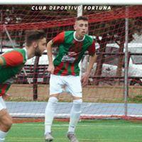 Defensa fútbol CD Fortuna